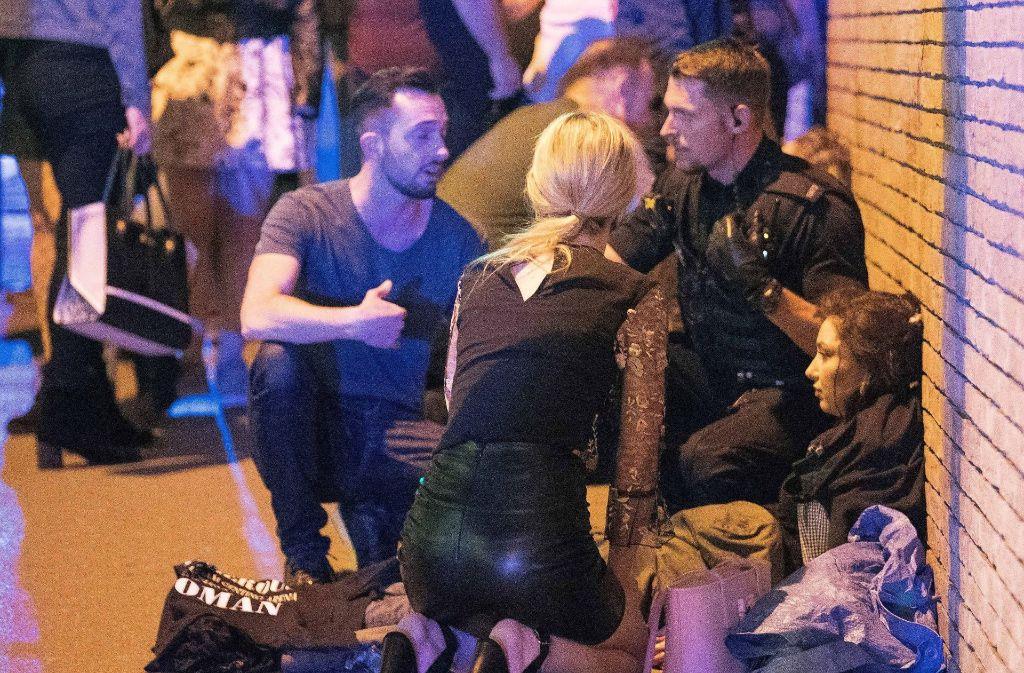 Augenzeugen berichten von ein bis zwei Explosionen. Dabei wurden 23 Menschen getötet und mindestens 59 verletzt. Foto: dpa