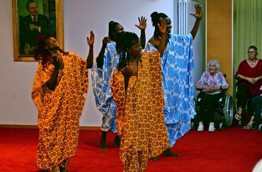 Das malische Ballett ist bereits in der Begegnungsstätte im  Hans-Rehn-Stift in Stuttgart-Rohr aufgetreten. Foto: Wiebke Wetschera