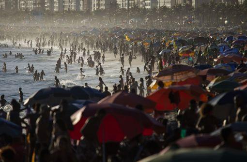 Volle Strände in Rio  de Janeiro – trotz Corona