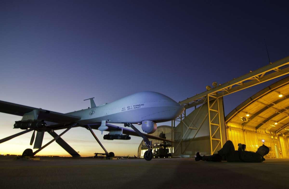 Das Archivbild aus dem Jahr 2012 zeigt eine Drohne des Typs Predator MQ-1, die von den USA benutzt werden. (Archivbild) Foto: dpa/Tsgt Effrain Lopez