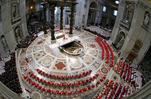 Die 115 zur Papstwahl berechtigten Kardinäle beginnen am Dienstag mit dem Konklave. Foto: POOL
