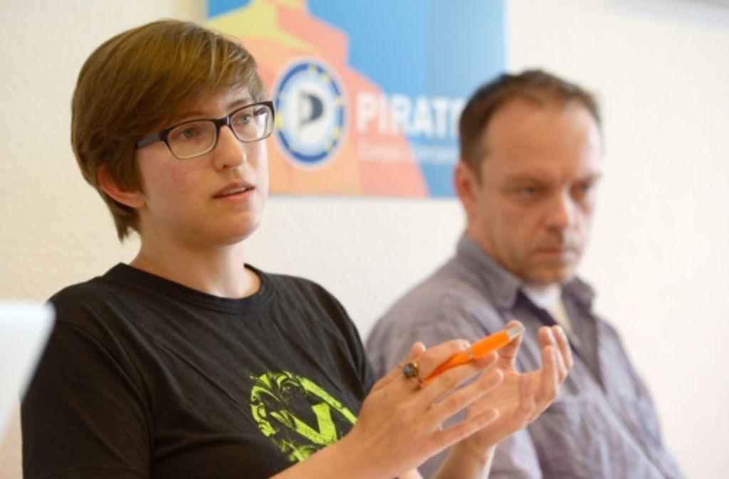 Die Spitzenkandidatin der Piratenpartei Deutschland für die Europawahl Julia Reda, spricht am Montag in Berlin im Rahmen einer Pressekonferenz der Partei.. Foto: DPA