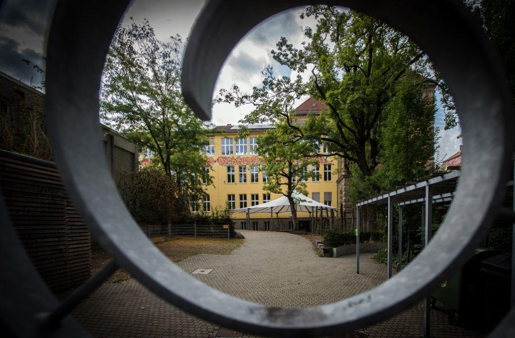 Eltern kritisieren die Unterbringung der Grundschulkinder im Gebäude der Römerschule. Foto: Lichtgut/Achim Zweygarth