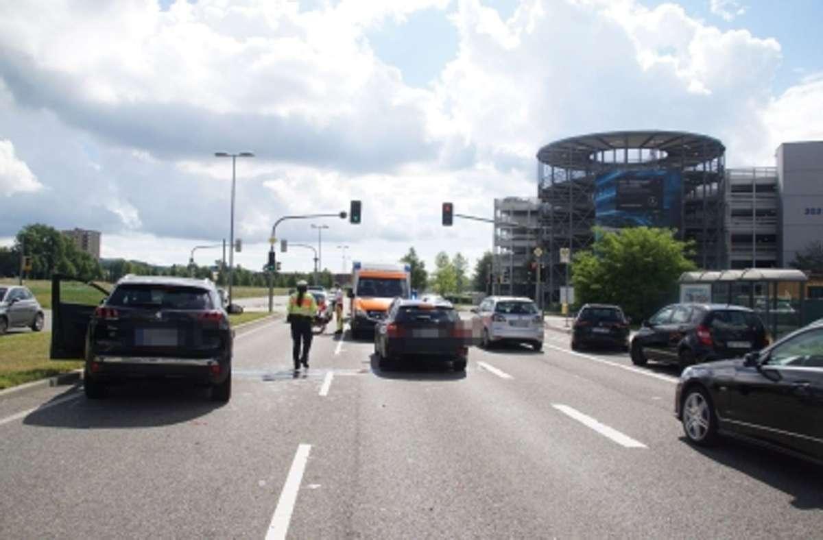 Auffahrunfall auf der Calwer Straße in Sindelfingen. Foto: SDMG