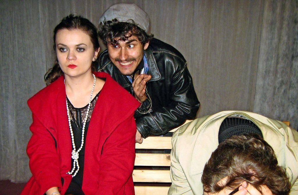 Ajla Buljabasic, Lukas Zimon und Johannes Rost Foto: Dreigroschentheater/Pavel
