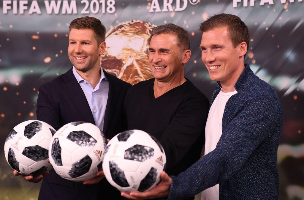 VfB-Nachwuchschef Thomas Hitzlsperger (li.) und der ehemalige Stuttgarter Trainer Hannes Wolf (re.) überzeugen bislang als TV-Experten bei der WM. Foto: Getty