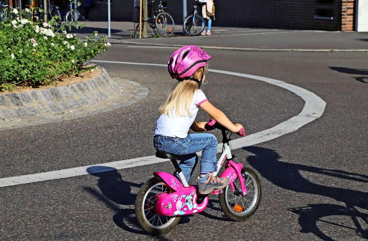 Nicht nur Kinder sollen sicher auf dem Fahrrad unterwegs sein. Foto: Patricia Sigerist