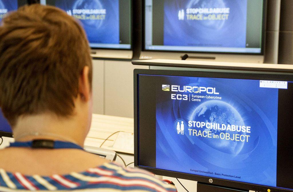 Europol hat eine Kampagne  über die meistgesuchtesten Frauen Europas gestartet. Foto: AFP/JAN HENNOP