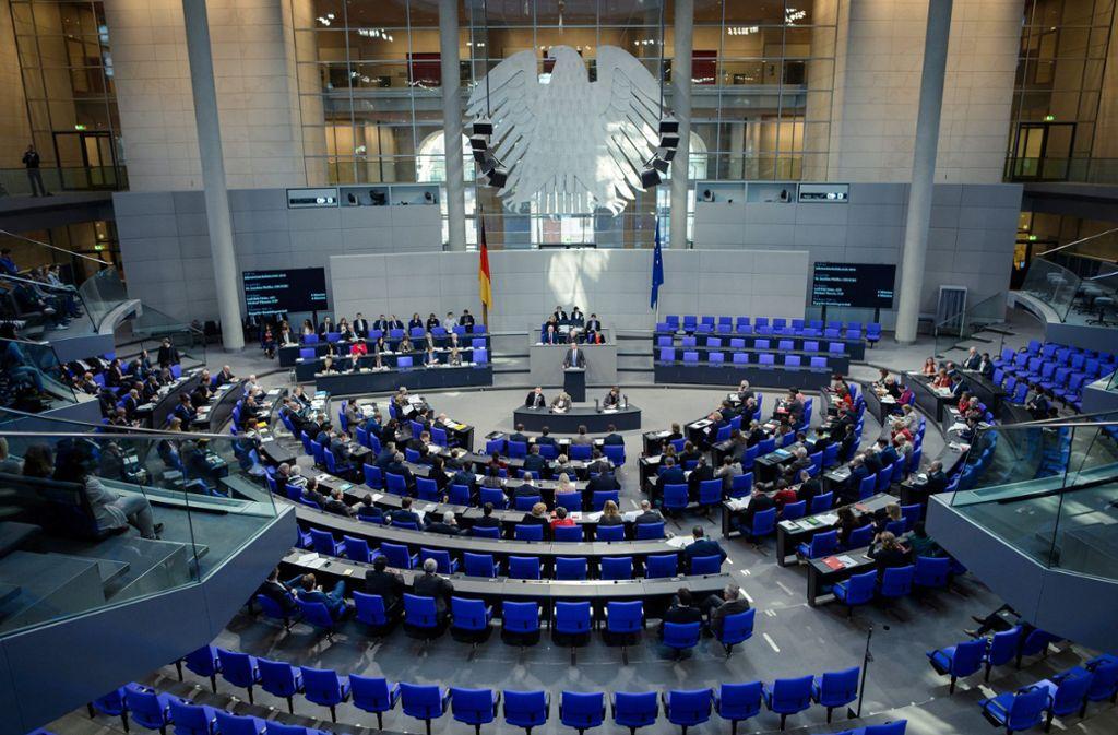 Der Plenarsaal des Bundestags ist nur selten stark gefüllt. (Symbolbild) Foto: dpa