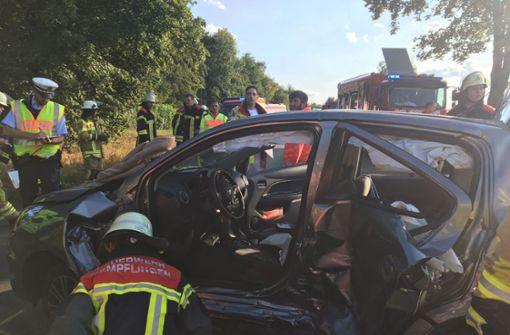 77-Jähriger wendet auf Bundesstraße – Vier Verletzte