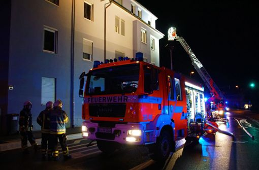 Frau stirbt bei Wohnungsbrand