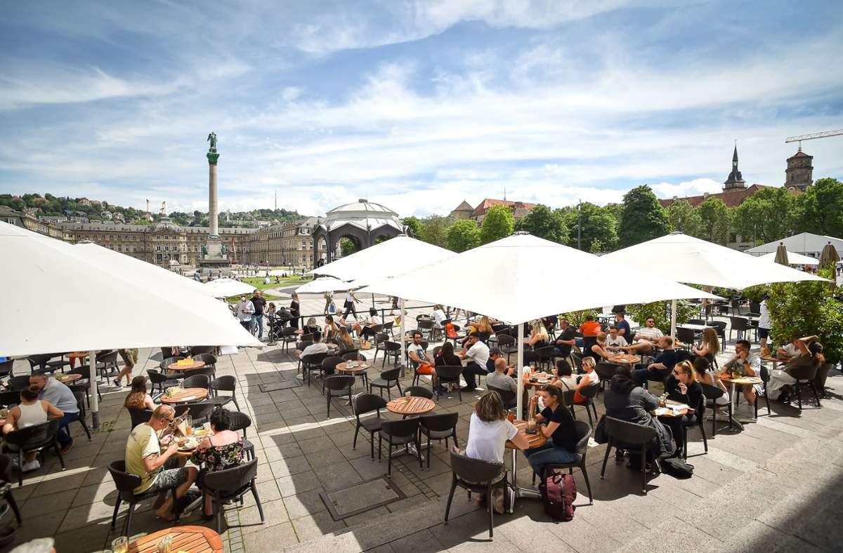 Café- und Restaurantbesuche gehen ab Samstag auch ohne Schnelltest. Foto: Lichtgut/Ferdinando Iannone