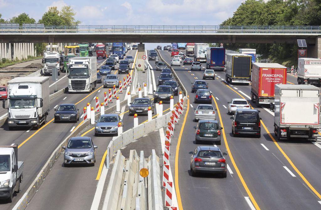 Baustellen wird es auf der A 81 weiter geben, die Standspur wird frühestens 2023 ausgebaut. Foto: factum//Simon Granville