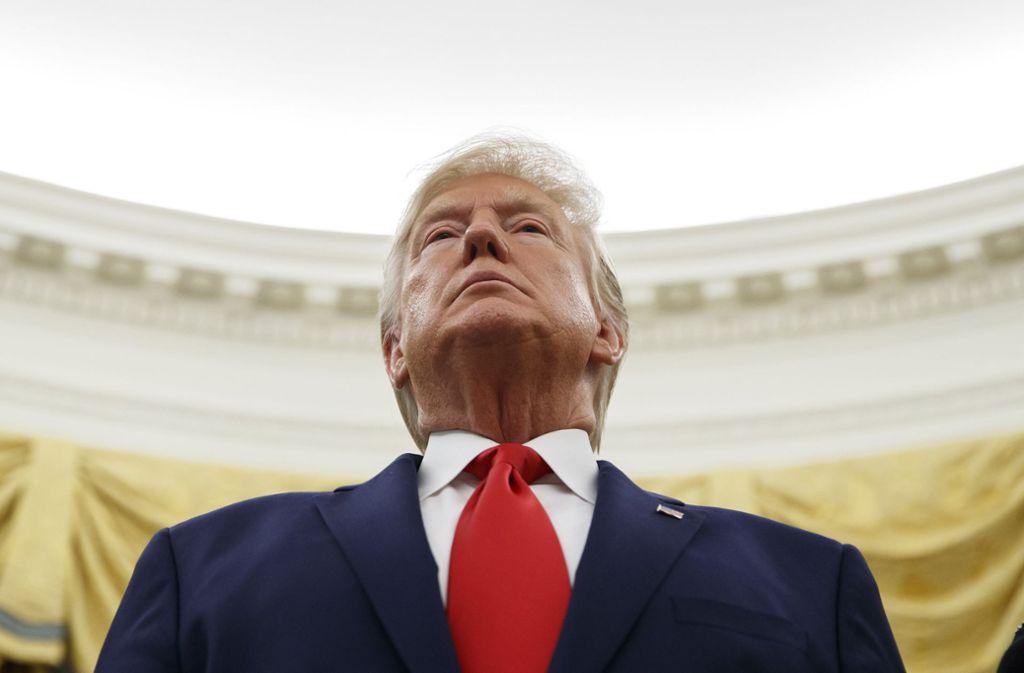Die oppositionellen Demokraten werfen Trump Amtsmissbrauch vor. Foto: dpa/Alex Brandon