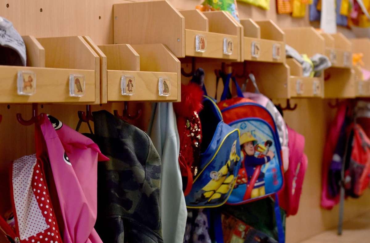 Die endgültige Entscheidung über die Öffnung von Kitas und Grundschulen soll an diesem Mittwoch getroffen werden (Symbolbild). Foto: dpa/Caroline Seidel