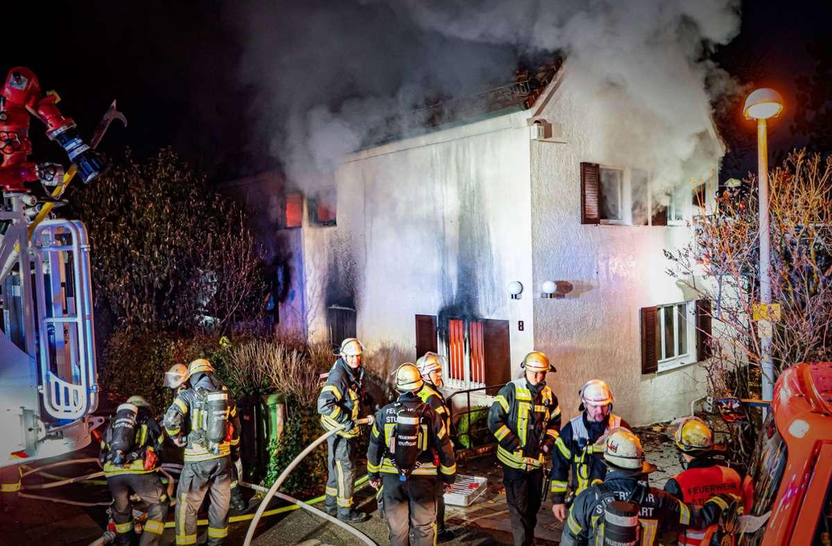 Erst eingebrochen, dann niedergebrannt: das Haus am Viergiebelweg Foto: 7aktuell.de/Alexander Hald