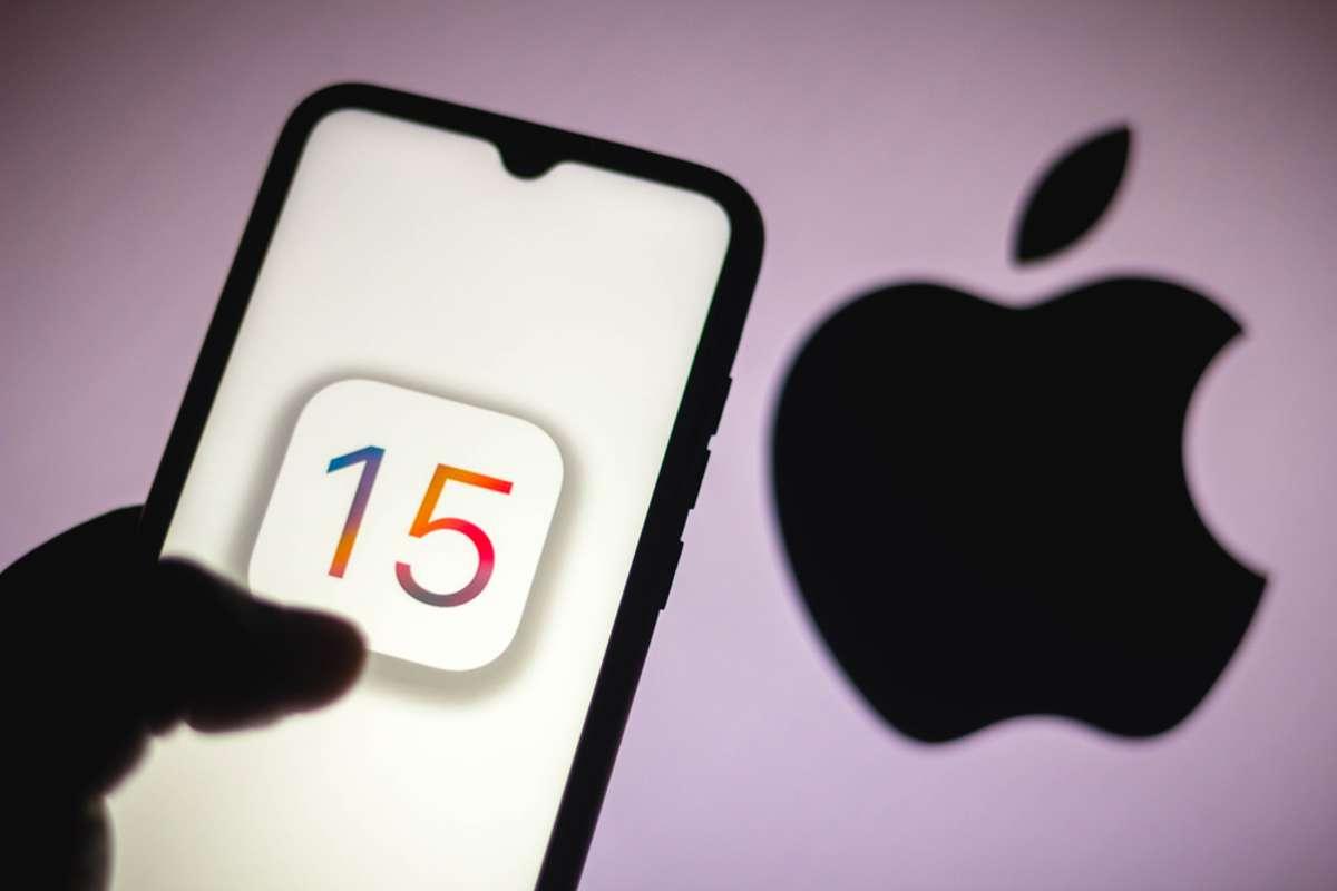 Ab iOS 15 wird konsequent gegendert. Foto: rafapress / shutterstock.com
