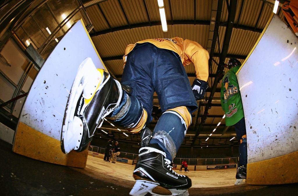 Kein Eishockey-Camp beim Stuttgarter EC über Ostern – dem Club fehlen rund 20000 Euro. Foto: Baumann