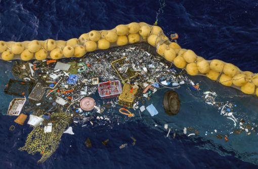 Erster Plastikmüll im Pazifik eingesammelt