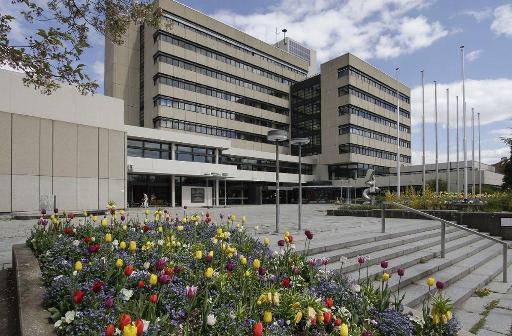 Im Rathaus wird es nun finanziell schwierig. Foto: factum/