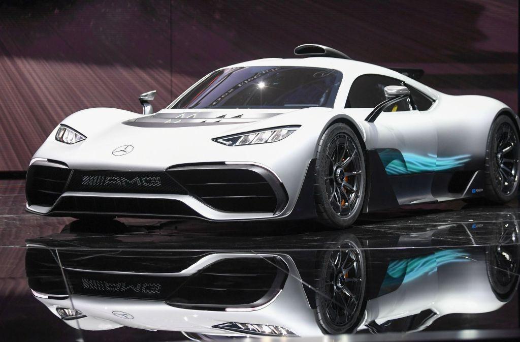 Der Mercedes AMG Project One ist der neueste und hellste Stern am Sportwagen-Himmel. Foto: dpa