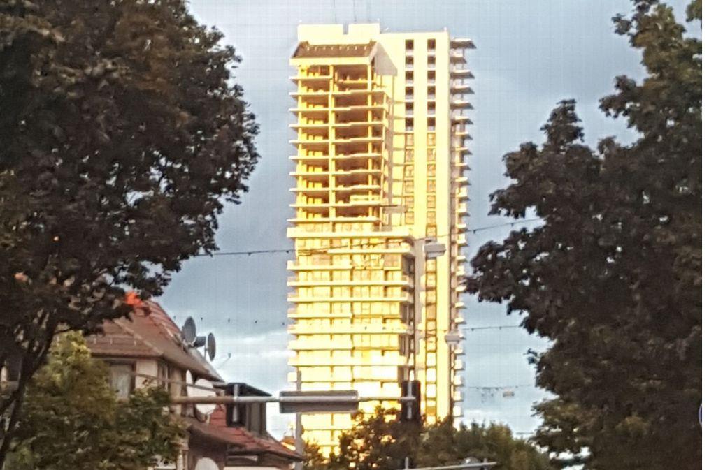Wieder sind die Hoffnungen auf einen Weiterbau des Gewa-Towers erst einmal zerronnen. Foto: Dirk Hermann