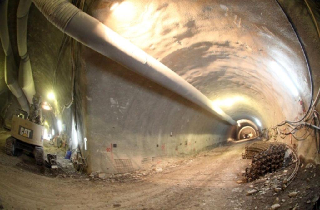 An mehreren Stellen im Stuttgarter Stadtgebiet treibt die  Bahn die S-21-Tunnel im Untergrund voran. Foto: Lichtgut/Jan Reich