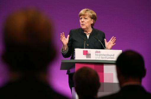 Merkel dringt auf zügige Rückführungen
