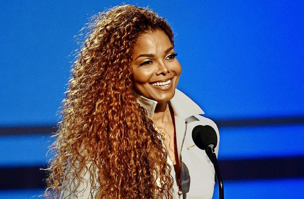 Die Sängerin Janet Jackson hat im Alter von 50 Jahren ihr erstes Kind bekommen: den Jungen Eissa. Nach einer schwierigen Schwangerschaft verlief die Geburt offenbar reibungslos. Foto: dpa