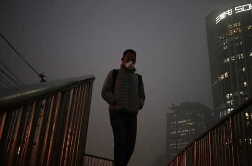 Peking ruft  höchste Smog-Alarmstufe aus