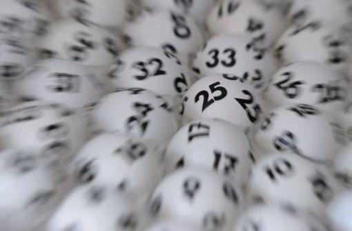 Tippgemeinschaft gewinnt 2,3 Millionen Euro im Lotto