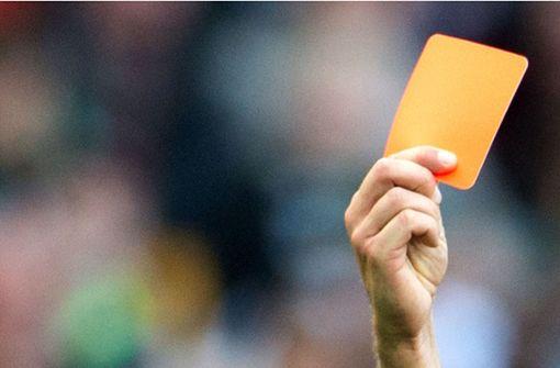 Drakonische Strafen für Kreisliga-Team nach Attacken auf Schiri