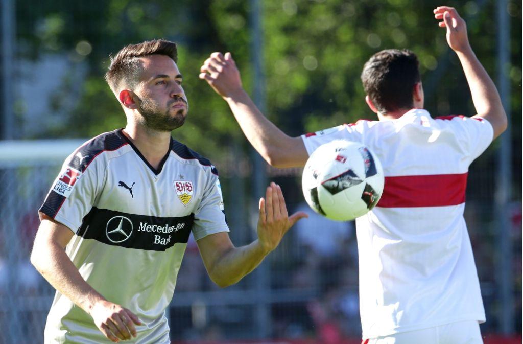 Bald nicht mehr im VfB-Trikot: Mittelfeldspieler Lukas Rupp Foto: Baumann