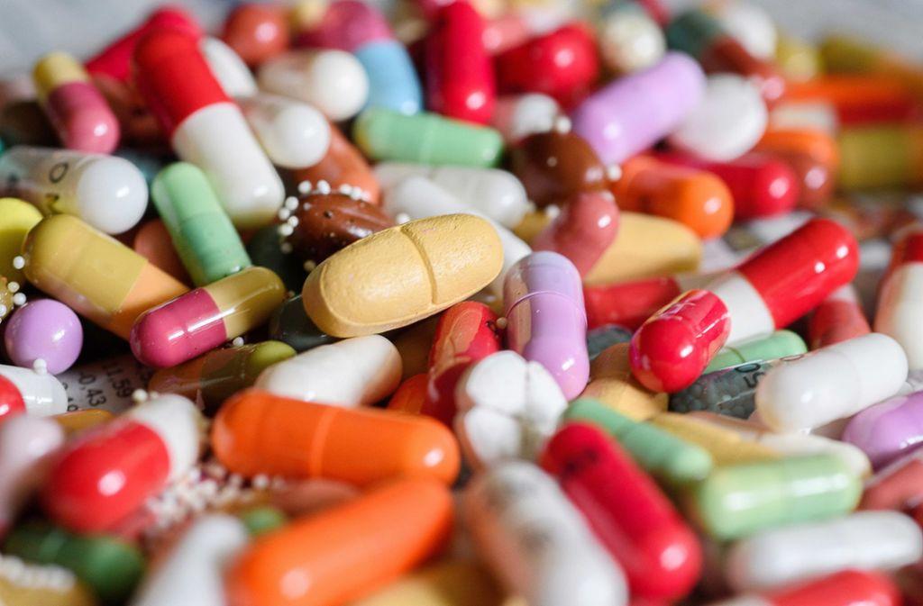 Bittere Pille: Arzneimittel in Deutschland werden knapp. Foto: dpa/Hans-Jürgen Wiedl