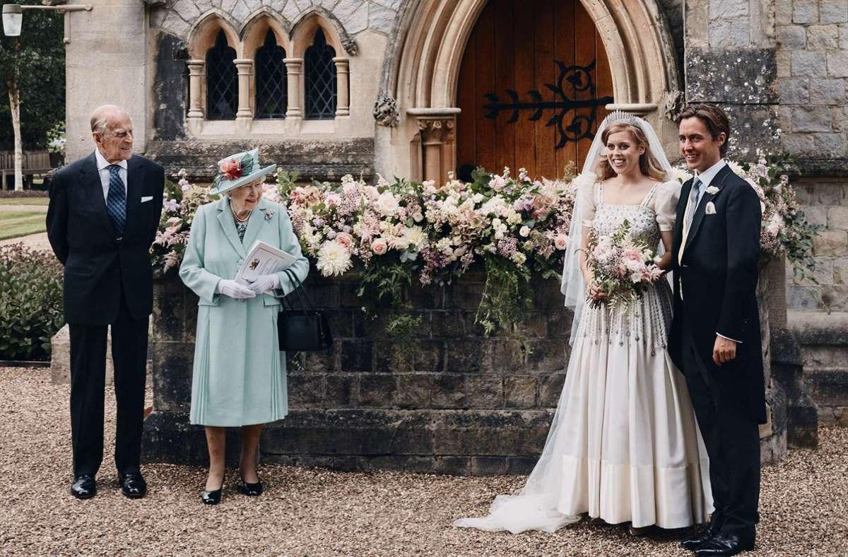 Queen-Enkelin Prinzessin Beatrice und Edoardo Mapelli Mozzi haben geheiratet. Foto: AP/Benjamin Wheeler