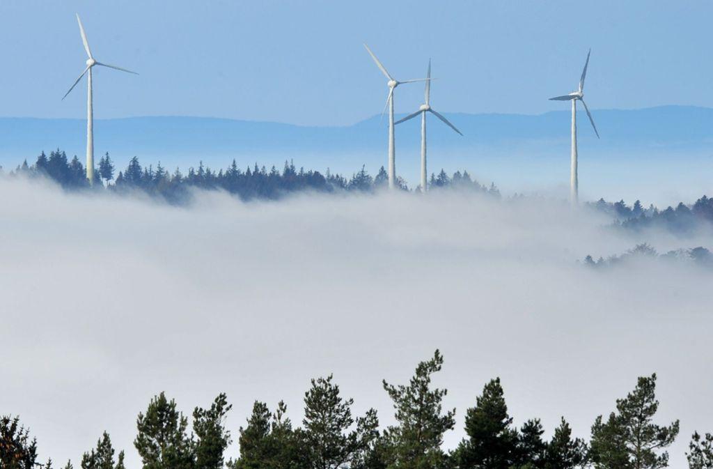 Windkraft gehört – wie hier im Schwarzwald – zu den erneuerbaren Energien. Foto: dpa