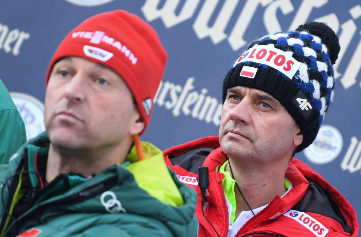 Stefan Horngacher (r.) folgte auf Erfolgs-Trainer Werner Schuster (l.) im Jahr 2019. Foto: dpa/Arne Dedert
