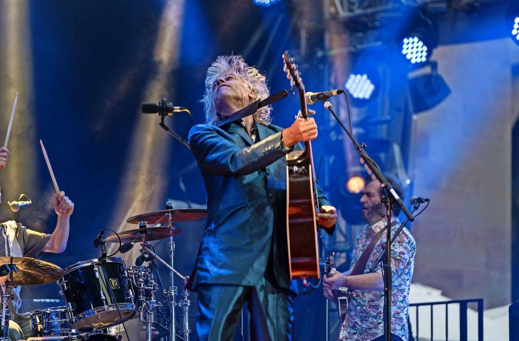 Noch immer ungestüm: Bob Geldof im Hof des Alten Schlosses in Stuttgart Foto: Reiner Pfisterer