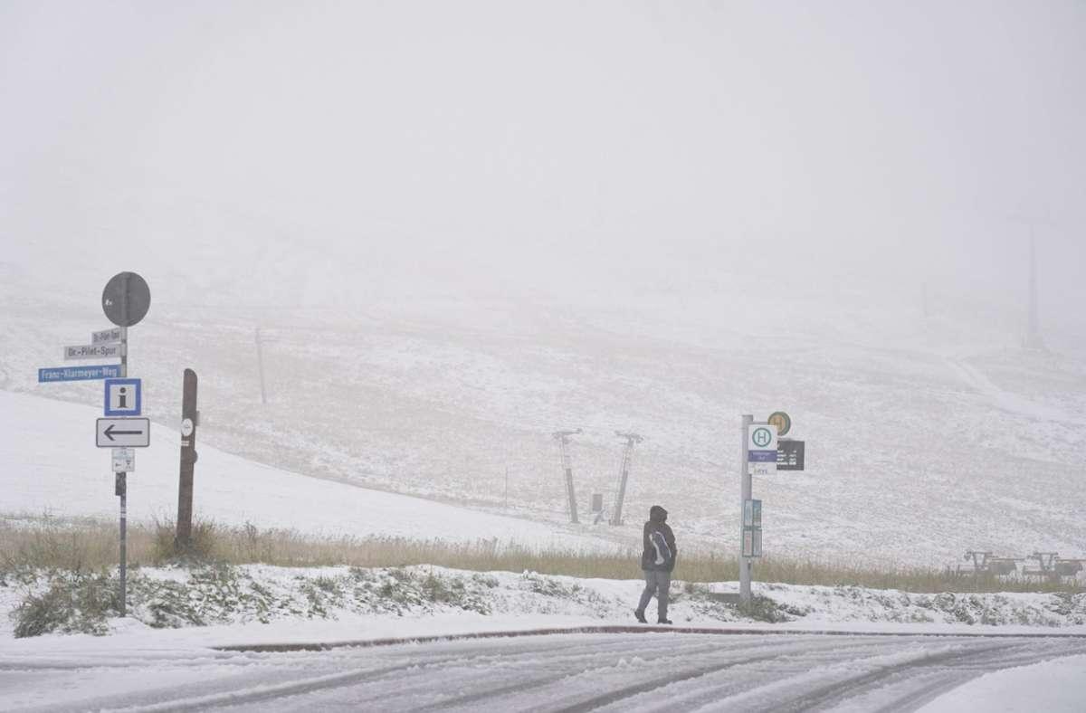 Auf dem Feldberg hat es geschneit. Foto: Andreas Rosar Fotoagentur-Stuttg/Andreas Rosar Fotoagentur-Stuttg