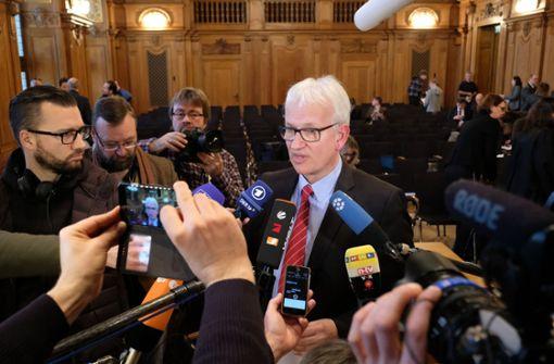 Umwelthilfe droht Kretschmann Zwangsgeld an