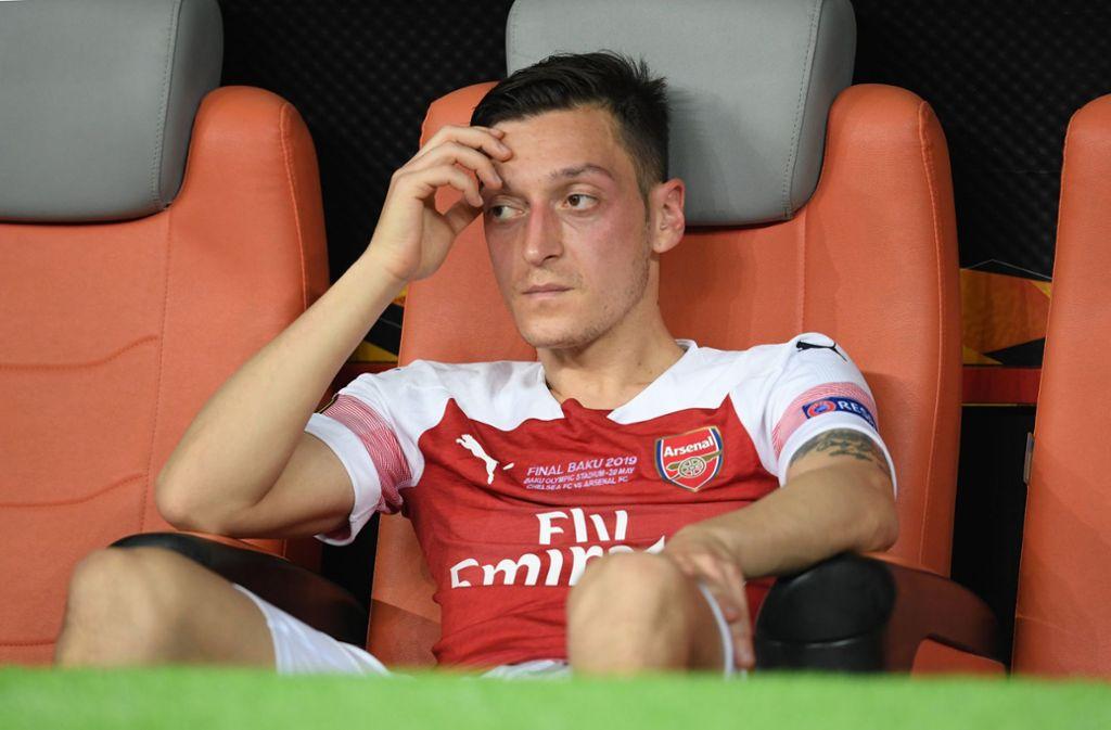 Enttäuschung pur bei Mesut Özil Foto: dpa