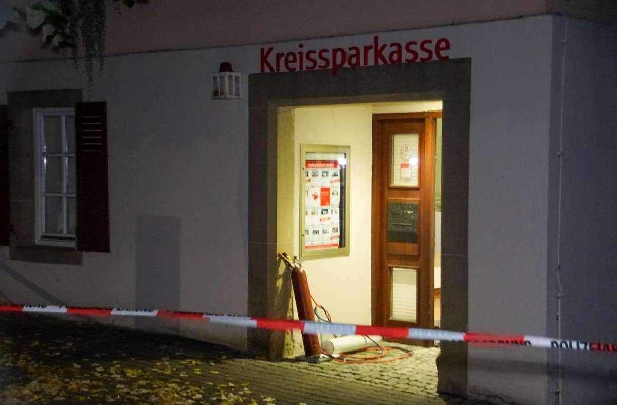 In Besigheim-Ottmarsheim wurde in der Nacht zum Dienstag ein Geldautomat gesprengt. Foto: SDMG/Hemmann