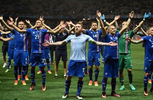 Island: Eine ganze Insel steht Kopf