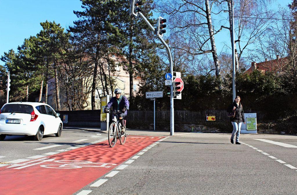 Der Radweg an der Jahnstraße ist seit vielen Jahren ein Zankapfel. Foto: Tilman Baur
