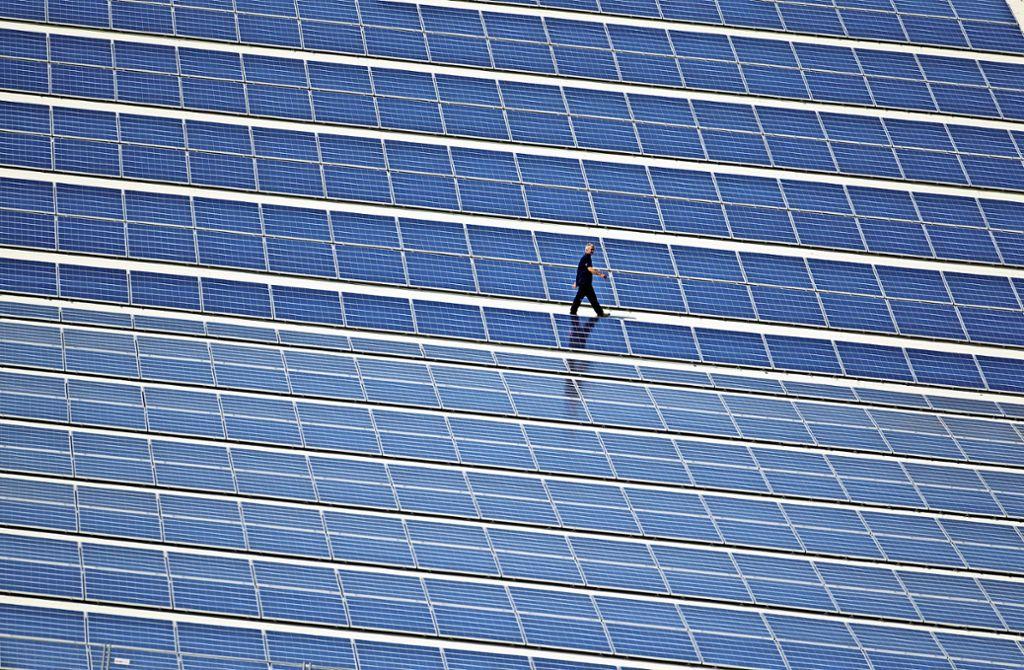 Stromerzeugung mit Sonnenenergie   kann ein lohnendes Investment sein. Doch bei Anlagen der Leonberger Firma Eurosolid ging die Rechnung nicht auf. Foto: dpa-Zentralbild