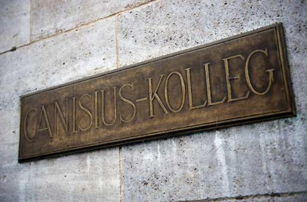 Norbert Dennef wurde als Kind am Berliner Canisius-Kolleg sexuell Missbraucht. Foto: dpa