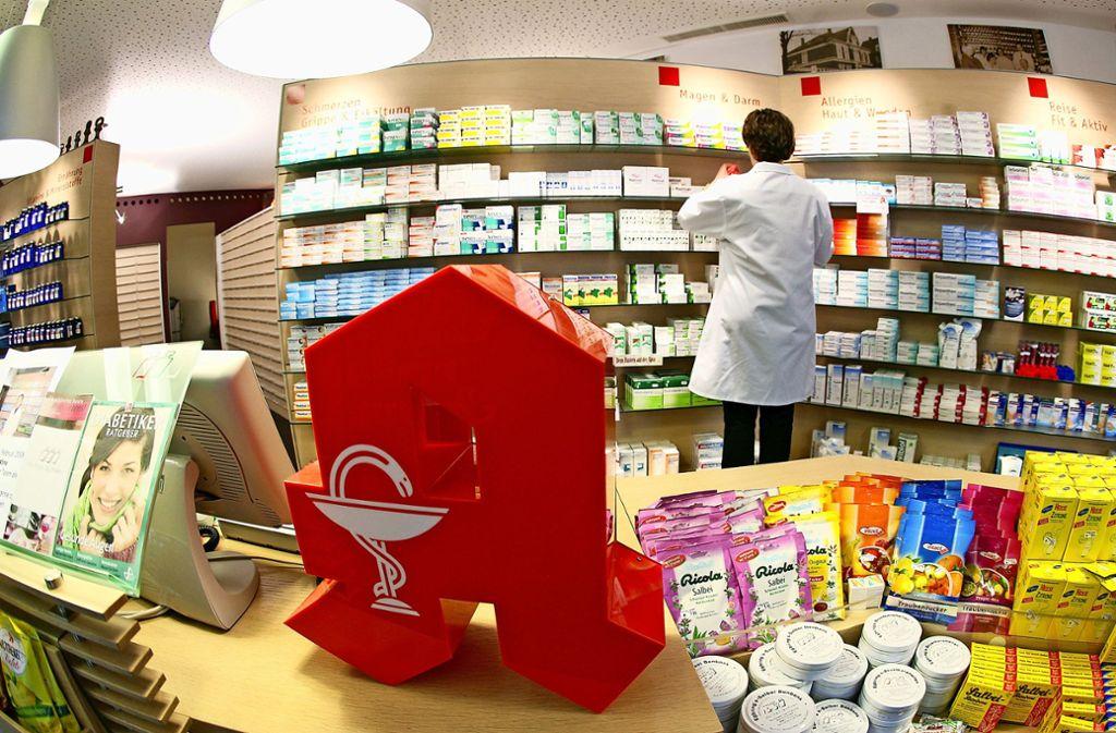 Ende Mai schließt Anja Ossenkop ihre Apotheke an der Schwarzwaldstraße. Dann wickelt sie ihr Geschäft ab. Die Betriebserlaubnis erlischt Ende Juni. Foto: dpa