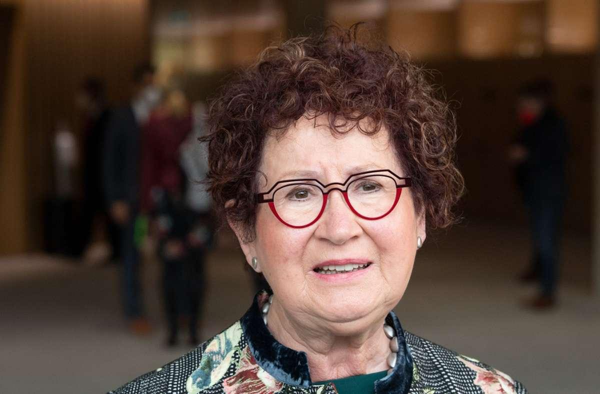 Gerlinde Kretschmann hat die Strahlentherapie gut überstanden. Foto: dpa/Bernd Weissbrod