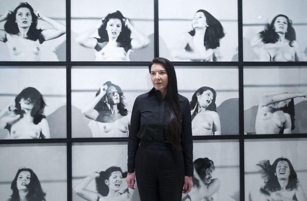 """Marina Abramovic in ihrer Ausstellung """"Holding Emptiness"""" 2014 in Malaga Foto:"""