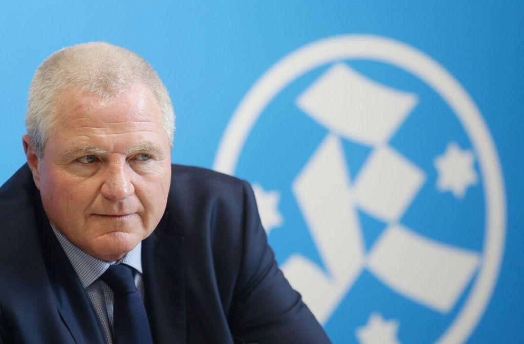 Kickers-Präsident Rainer Lorz ist nicht gut auf die Funktionäre zu sprechen. Foto: Baumann